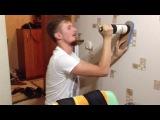 Как открыть бутылку вина без помощи штопора